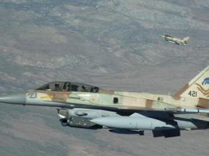 Gambar Satelit Tunjukkan Situs Militer Suriah Hancur Oleh Serangan Israel