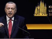Erdogan Bongkar Ancaman Saudi ke Pakistan Agar Tak Hadiri KL Summit