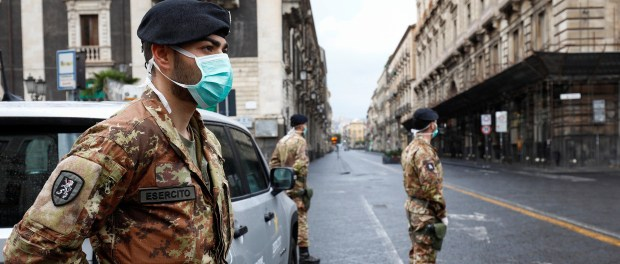 Makin Parah, Italia Laporkan 793 Kematian dalam Sehari akibat COVID-19