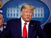 Trump Akui Rusia-China Kirim Sejumlah Besar Peralatan Medis ke AS