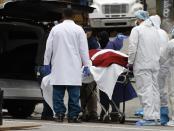 Angka Kematian Akibat COVID-19 di AS Lampaui China