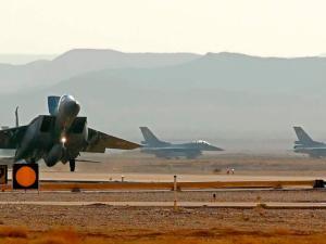Jet Tempur Israel Terbang Rendah di atas Beirut