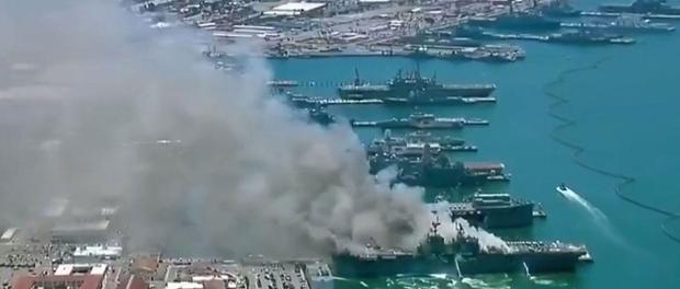 Kapal Perang AS Terbakar di Pelabuhan San Diego, 21 Orang Terluka