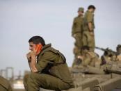 Netanyahu Persenjatai Prajurit yang Tidak Siap Perang