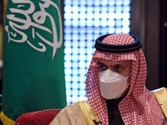 Arab Saudi Desak 'Larangan Permanen' atas Pengayaan Uranium Iran