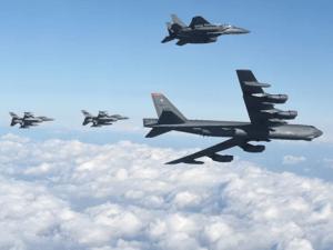 "HEBOH, 2 Pembom ""B-52"" AS Lewat Wilayah Udara Israel Menuju Teluk"