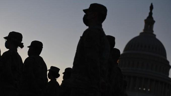 Pentagon: Kelompok Ekstremis Secara Agresif Rekrut Tentara AS