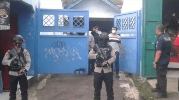 Densus 88 Tangkap Terduga Teroris di Condet
