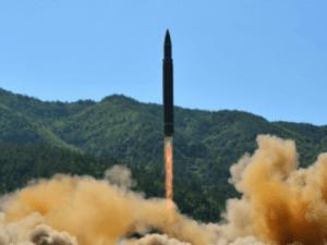 Korea Utara Tembakkan 2 Rudal Balistik ke Laut Jepang
