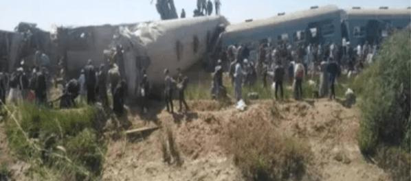 Tabrakan Keras 2 Kereta di Mesir, 32 Tewas Ratusan Luka-luka