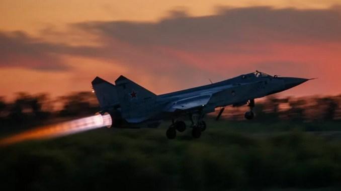 Jet Tempur MiG-31 Rusia Cegat Pesawat AS dan Norwegia
