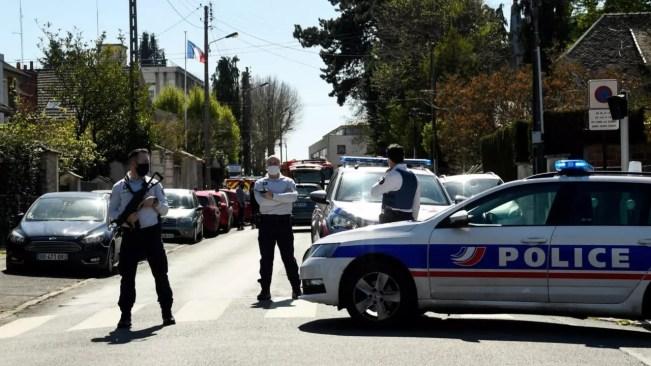 Seorang Polwan Ditikam dengan Fatal di Barat Daya Prancis