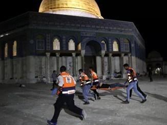 AFP: 169 Orang Terluka dalam Bentrokan di Masjid Al-Aqsha