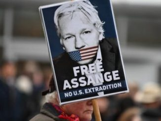 Ekuador Batalkan Kewarganegaraan Pendiri WikiLeaks Julian Assange