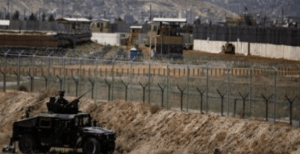 Taliban Kuasai Tiga Pintu Utama Bandara Kabul