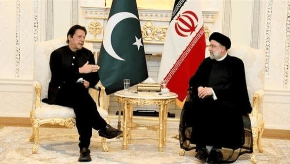 Raisi ke Imran Khan: 20 Tahun Kehadiran AS di Afghanistan Bawa Kehancuran dan Pembantaian