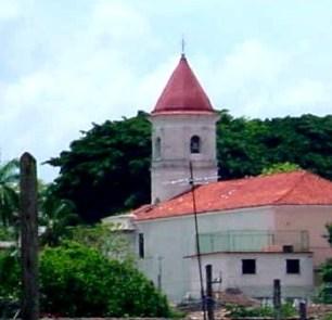 Iglesia San Juan Bautista, en el centro histórico de Jaruco.
