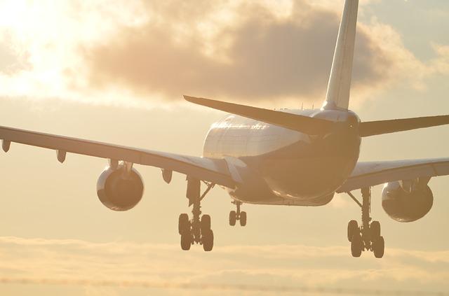 Ohne Corona-Impfung darf bei Qantas bald keiner mehr fliegen!