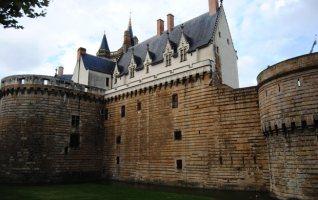 Muralas y palacio. Castillo de los duques de Bretaña