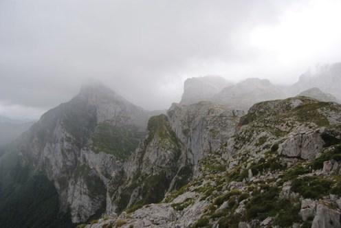 Picos de las montañas en Fuente Dé