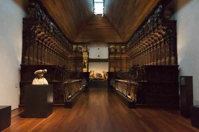 Coro en el interior del Museo Nacional de Escultura (Valladolid)
