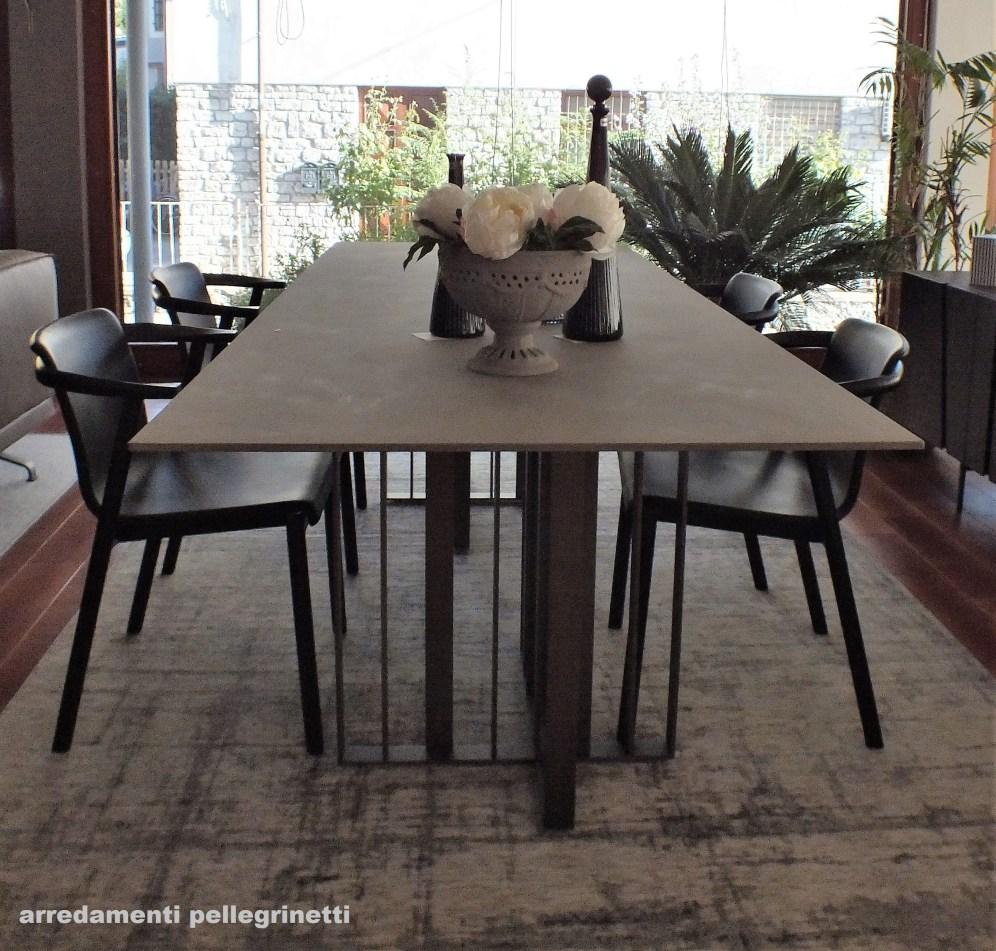 Tavolo Shade di Lema