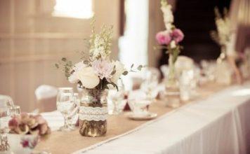 Decorare la tavola: qualche consiglio per farlo in stile shabby Barattolini in tavola