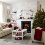 Arredo natalizio: idee per allestire la tua casa durante le feste salotto total white natalizio