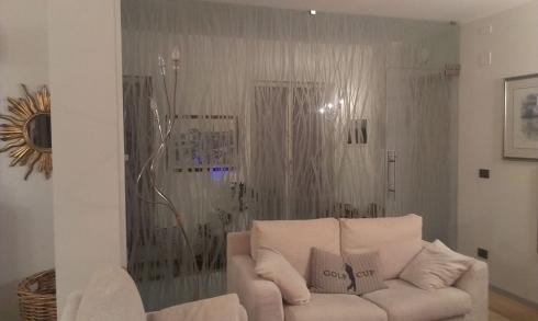 Dividi gli spazi di casa con pareti divisorie in vetro - Decori camera da letto ...