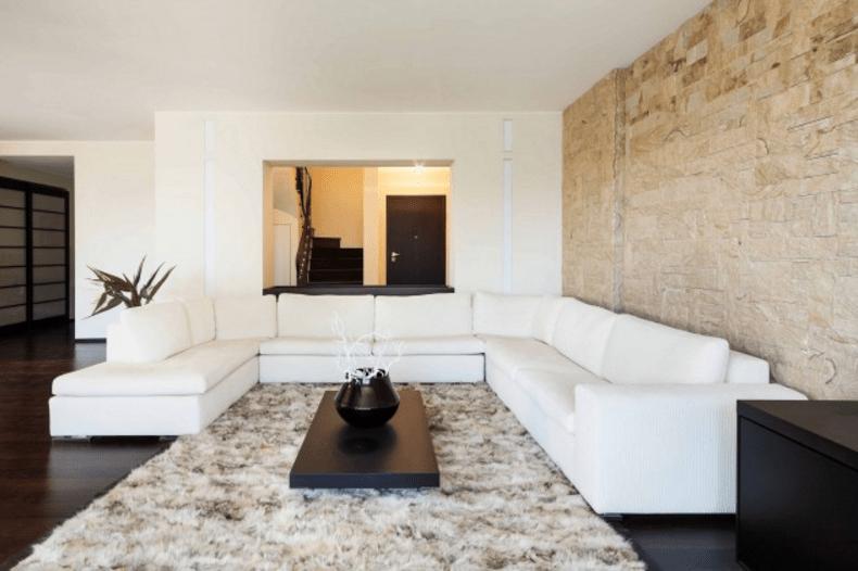 Scegli le pareti moderne in pietra per gli ambienti più ...