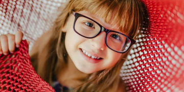 4 Things to Look For in Your Child's Eyeglasses