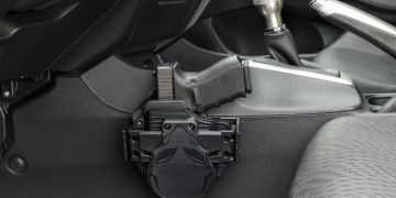 Concealed Carry For Men: What To Do While Driving