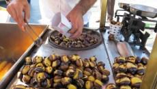 Puesto de castañas y chuches en Arroyomolinos