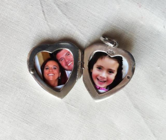How To Print And Put A Picture In A Locket