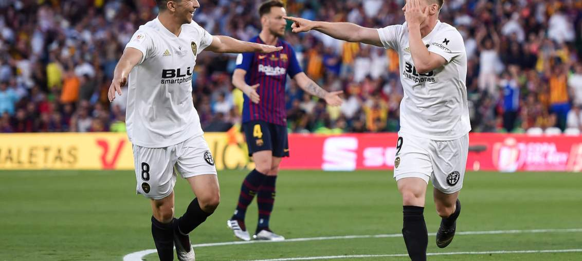 Carlos Soler Arsenal Arteta keen move Valencia Midfielder