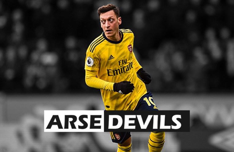 Arsenal Mesut Ozil, back