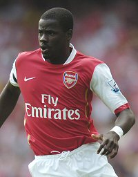Despite what some supporters say, Emmanuel Eboue's signing is a good thing for Arsenal