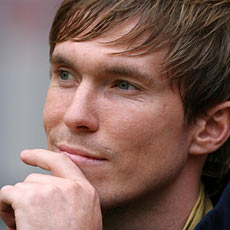 Hleb will be asked to return to the wing