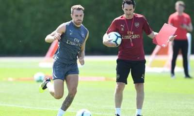 Unai Emery And Aaron Ramsey In Training