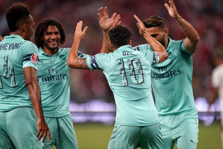 Arsenal Players VS PSG in Singapore