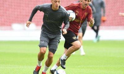 Mesut Ozil and Unai Emery