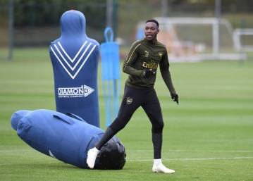 ST ALBANS, ENGLAND - OCTOBER 27: Danny Welbeck of Arsenal during the Arsenal Training Session at London Colney on October 27, 2018 in St Albans, England. (Photo by David Price/Arsenal FC via Getty Images)