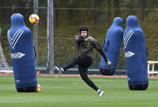 ST ALBANS, ENGLAND - OCTOBER 27: Petr Cech of Arsenal during the Arsenal Training Session at London Colney on October 27, 2018 in St Albans, England. (Photo by David Price/Arsenal FC via Getty Images) *** Local Caption *** Petr Cech