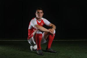 Granit Xhaka completes move to Arsenal