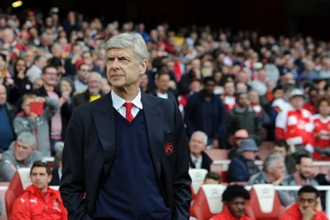 Arsenal confirm two-year contract extension for Arsene Wenger