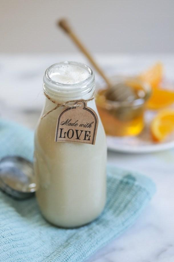 milk-honey-body-wash-0872-682x1024