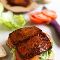 Try This---Tofu Bacon, Lettuce, and Tomato Sandwich with Homemade Sriracha