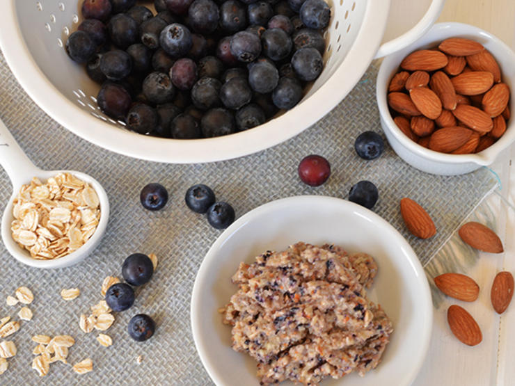 Blueberry Granola Anti Aging Face Mask---Arsenic and Old Place