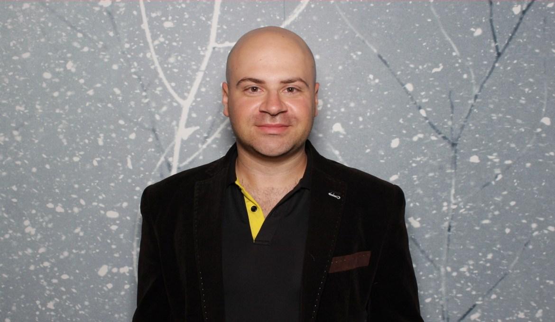 Arshak Andriasov - Home