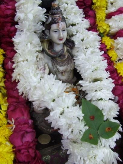 09 Ekabilvam Shivarpanam.JPG